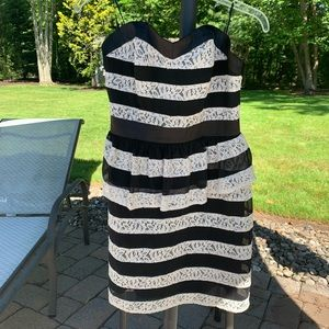 Guess Black and cream lace peplum strapless dress